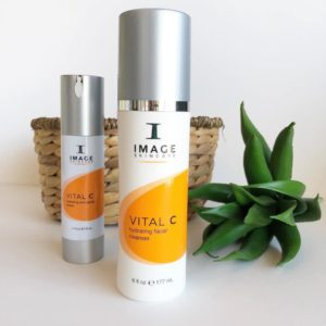 Free image skincare cleanser